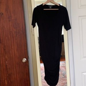 A pea in the pod stretchy black maternity dress